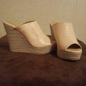 Shoe dazzle sandles